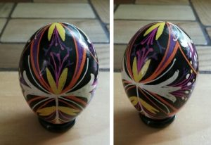 pysanka dying of chicken eggs